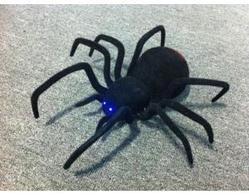 Радиоуправляемый робот Паук Black Widow 779