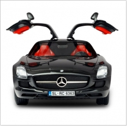 Машинка Mercedes Benz AMG Apple Bluetooth 1:16